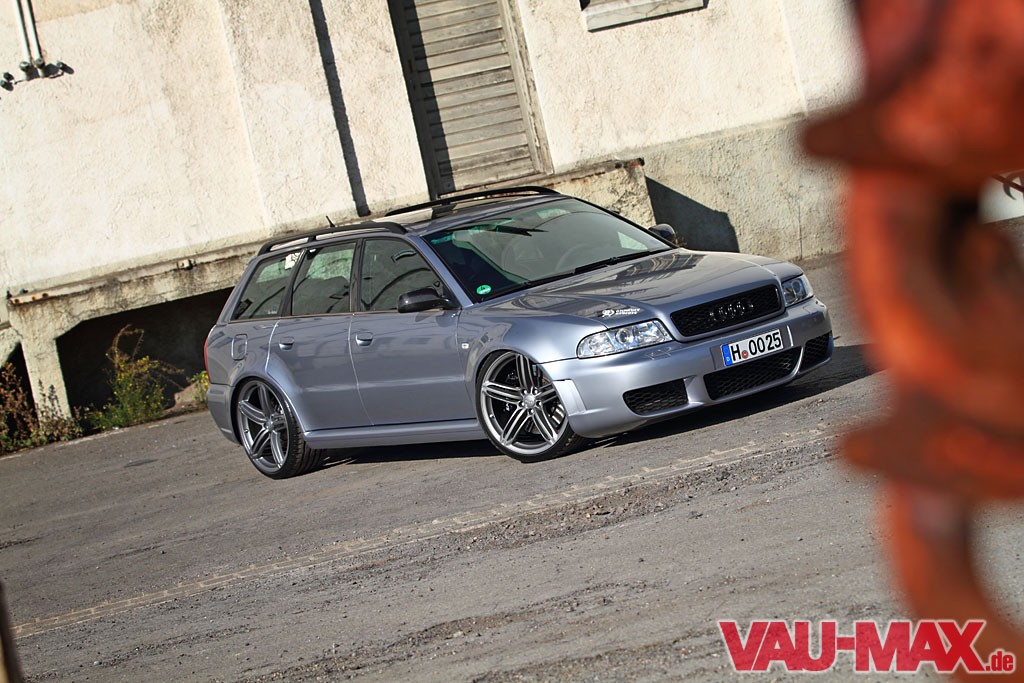 11-audi-rs4-a4-turbo-tuning-hannover-bbs-felgen-1